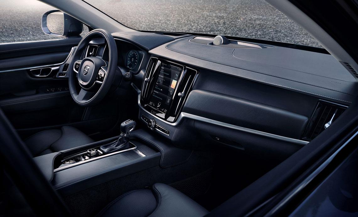 Volvo V90 Cross Country - интерьер, салон