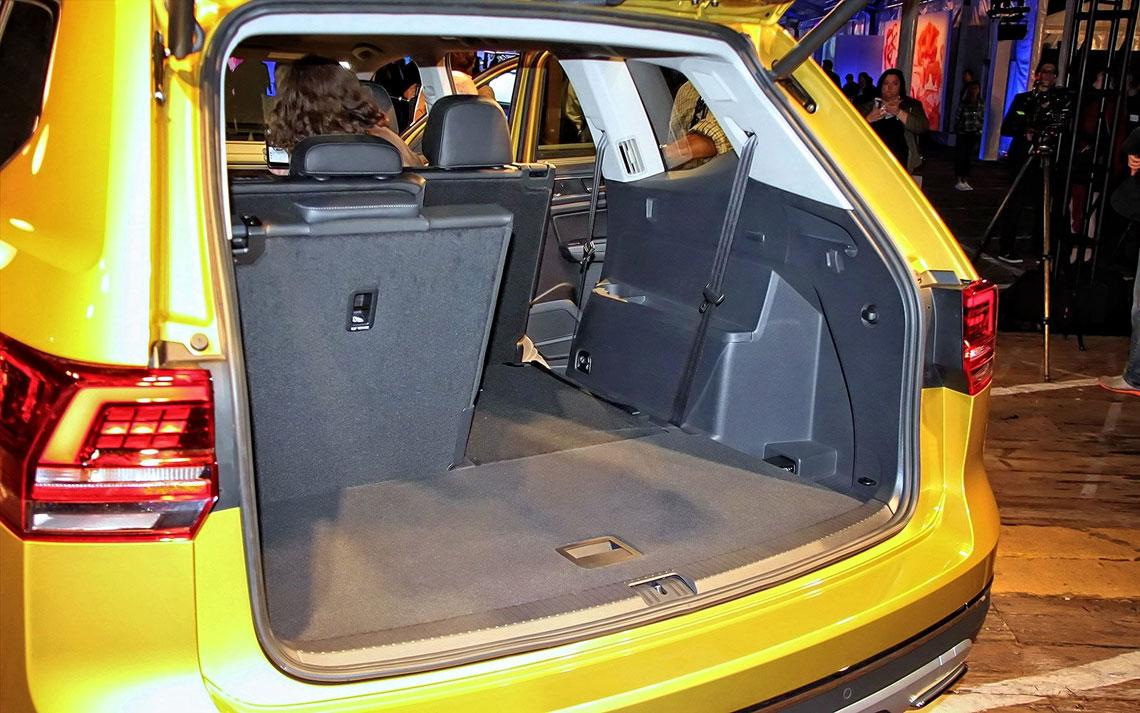 Volkswagen Teramont - багажник