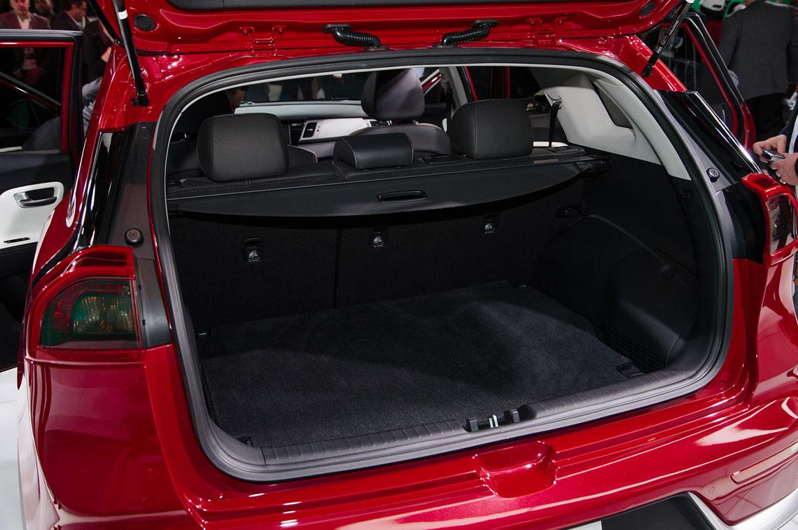 Kia Niro 2017 - багажник