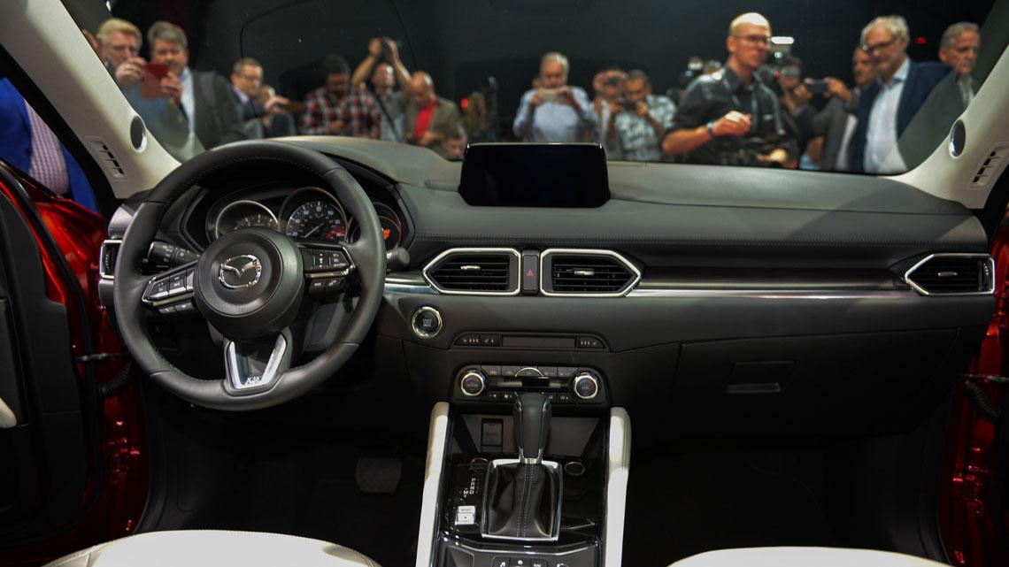 Mazda CX-5 - салон, интерьер