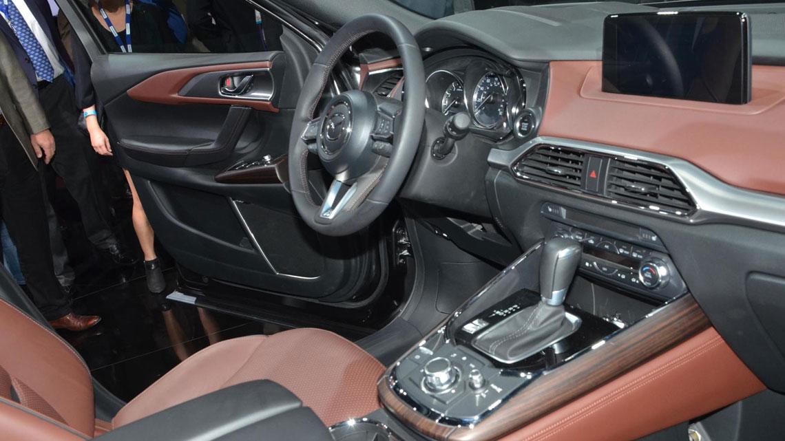 Mazda CX-9 - салон, интерьер